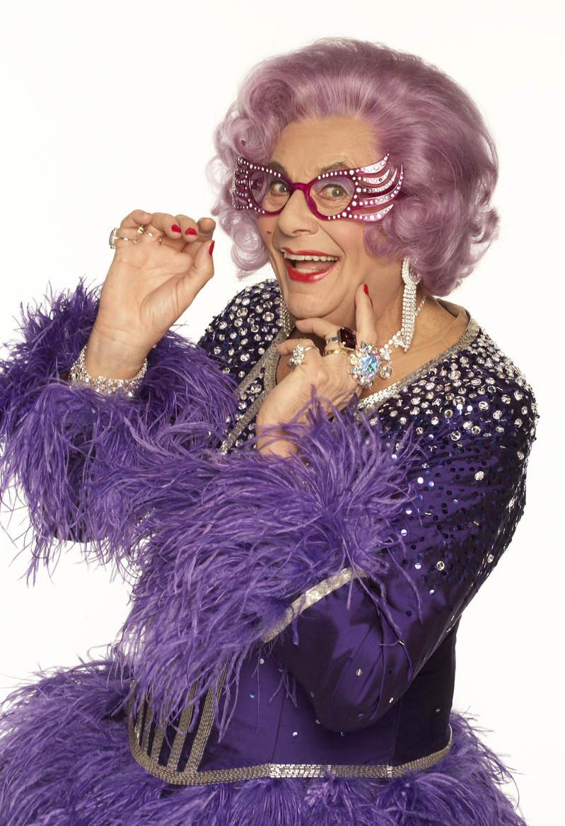http://shinymedia.blogs.com/photos/uncategorized/2007/03/15/dame_edna_21.jpg