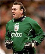 _1495046_1608neville_southall